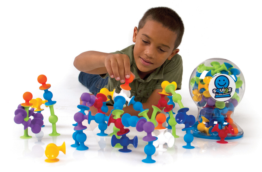Squigz  use suction cups and balls to connect to each other, with means that any flat surface can be used as a starting off point for the next great creation. Windows, tables, bathtubs... nothing is safe!