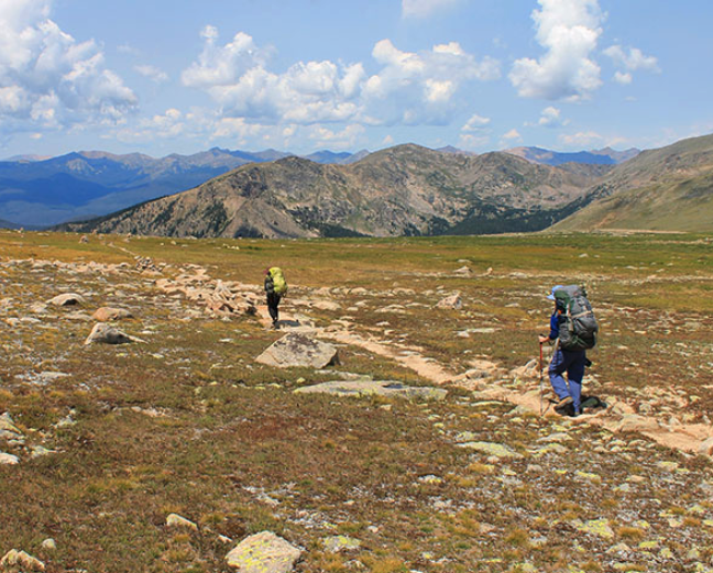 best backcountry hiking trails in colorado: continental divide loop.