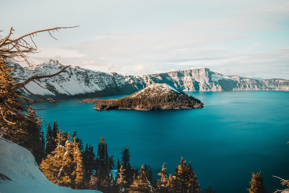 One of the best national parks in the state of oregon: Crater Lake.