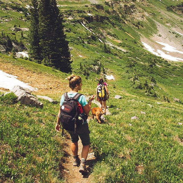 Who loves ❤️ to go hiking?  If you do love hiking hills, mountains, and outdoor trails this winter be sure to find the latest and greatest #hiking and #outdoor gear  on the market from AngelOutdoors.com. ——- #outdoorgear #hiking #hikinggear #outdoorlife #hikeAmerica #hikingadventures #hikingboots #hiking🌲 #hikingshoes #hikingtrail #hiker #mountains #hikingmountains #hikersofinstagram #AngelOutdoors #hiking👣