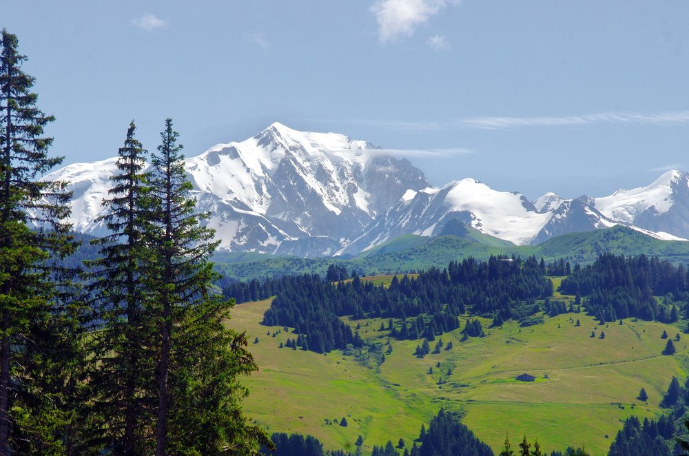 best backpacking trips and hiking in france: tour du mont blanc.