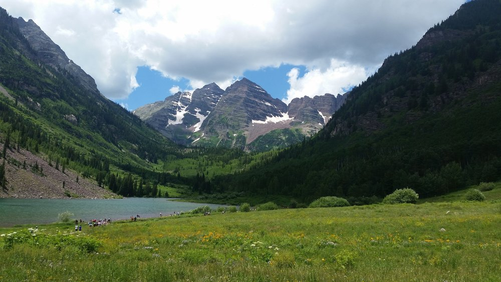 best hiking trips in colorado: Guide by AngelOUtdoors.com