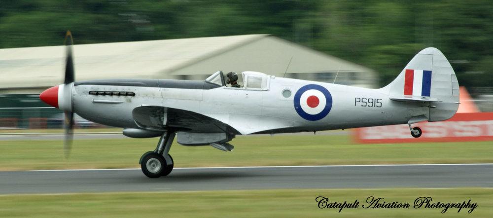 Spitfire 3 Take off.jpg