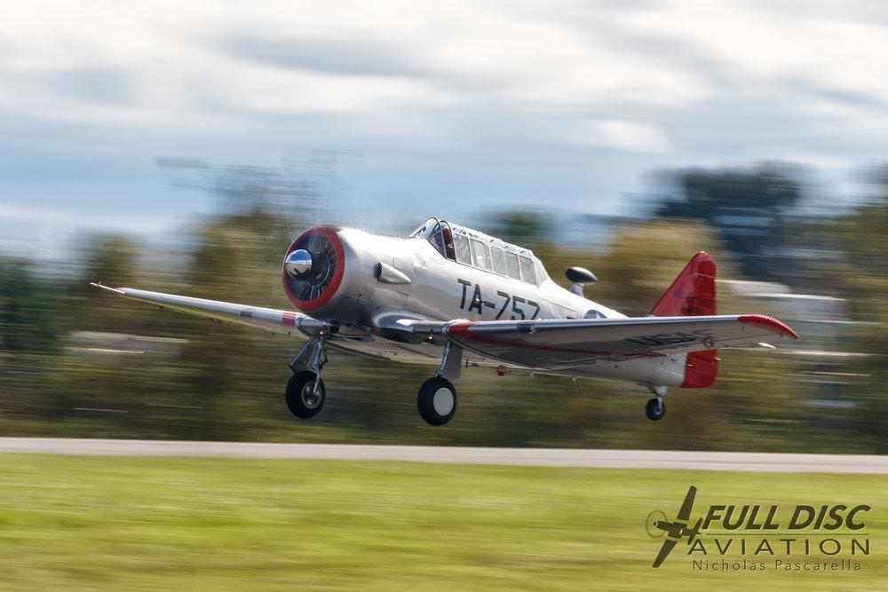 T6_takeoff_fulldiscaviation.jpg