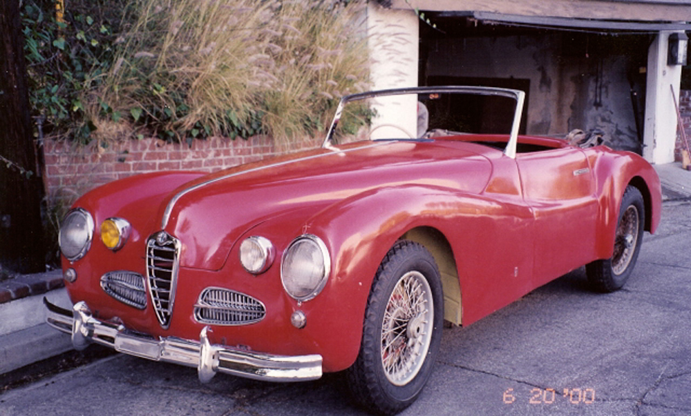 Photo:  1943 Alfa Romeo 6C 2500 Super Sport Cabriolet in California in 2000 with the later type 1900 grille and extra headlights added in 1953. Photo courtesy of David Cooper.