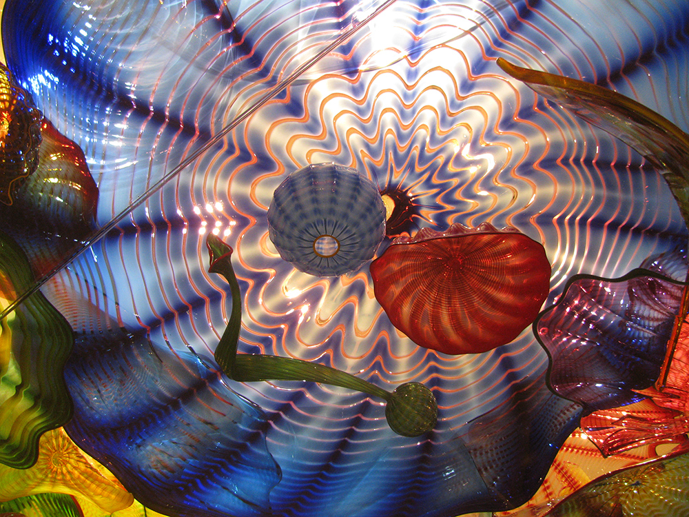Dale Chihuly, Oklahoma Persian Ceiling , 2002; detail. Photo: Ann Cieslak-Bukowinski.