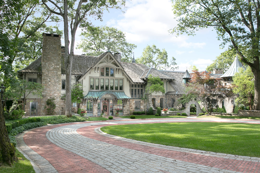 Bernardsville<br>Offered at $6,800,000