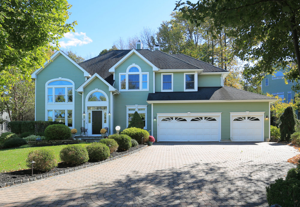 Basking Ridge<br>Offered at $989,000