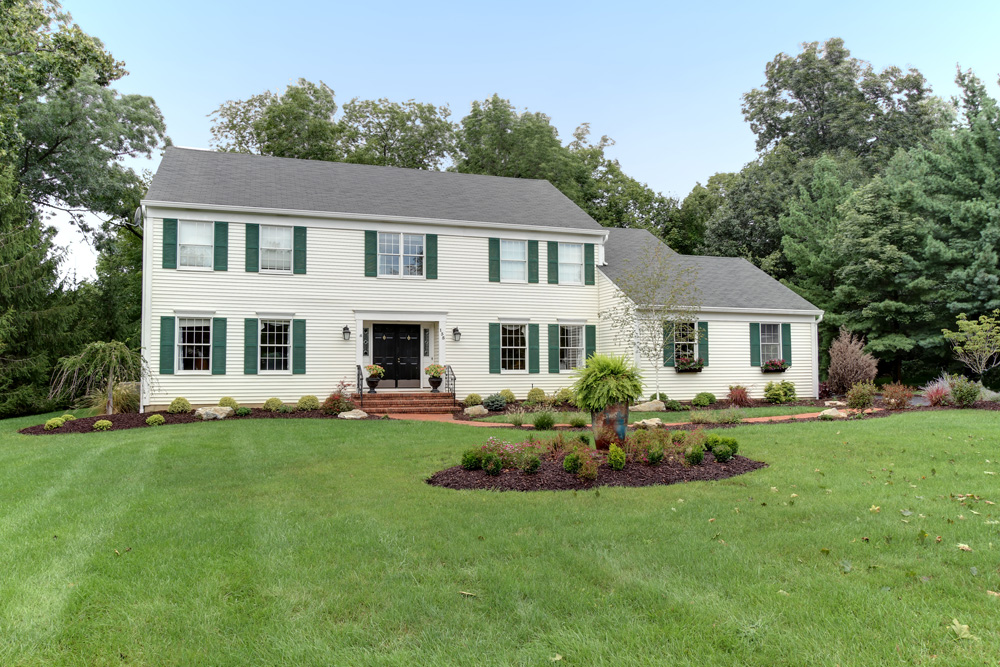 Basking Ridge<br>Offered at $929,000