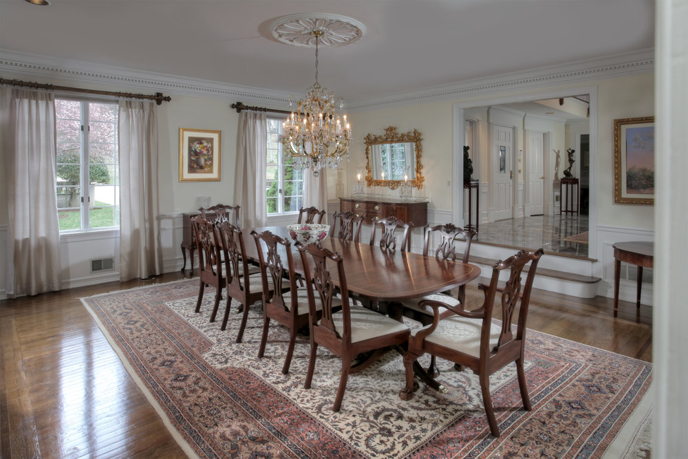 Dining Room - middle right.jpg