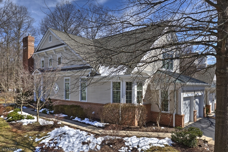 Far Hills Offered at $925,000