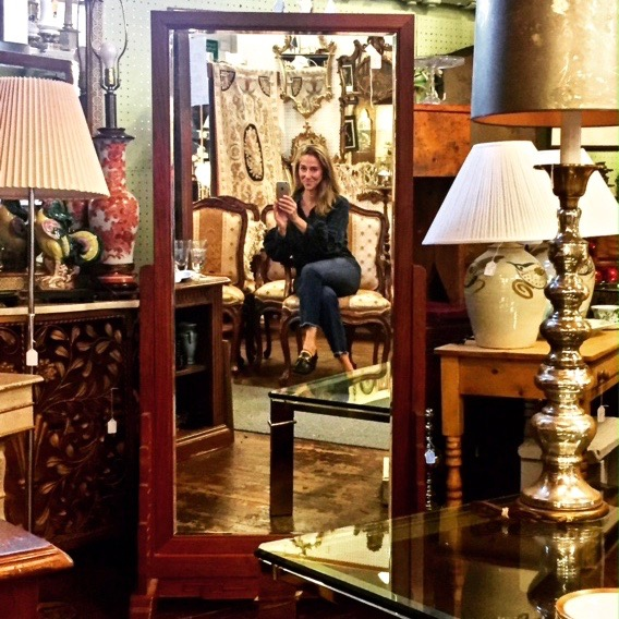 "STACEY CARON ANTIQUES   Stacey Caron is a New Jersey native living in Summit since 1989, with specialties in 19th century ceramics and decorative arts. Stacey is a certified antiques and art appraiser and works with estate attorneys and insurance companies to evaluate and insure your antiques. Her other interests include cooking and food design, and as a recipe writer she has hosted her own popular food blog, ""Stacey Snacks"", since 2008. Visit  staceysnacksonline ."