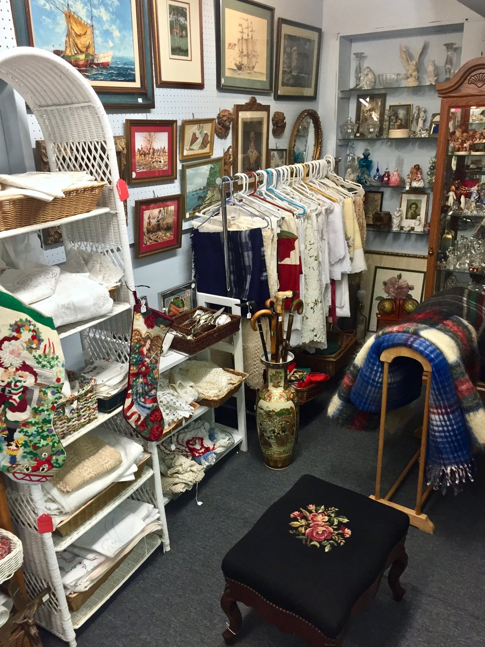 MARYANN NEWMAN ANTIQUES   For 40 years, Maryann Newman sold at antique shows throughout New York and New Jersey, specializing in linens, silver and jewelry. Many of her customer have now followed her to The Summit Antiques Center. She offers a varied selection to please everyone, and enjoy meeting a variety of people and helping them find just what they are looking for.