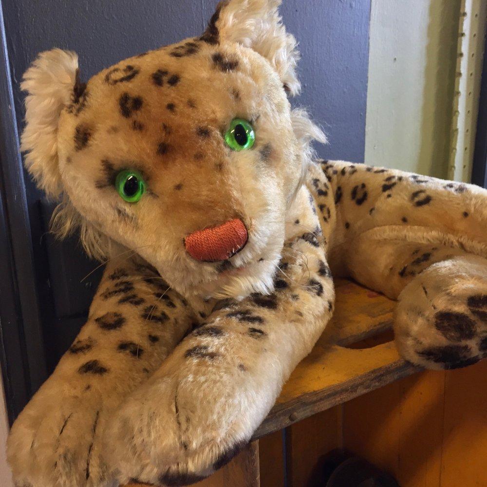 Steiff Lying Leopard, Germany