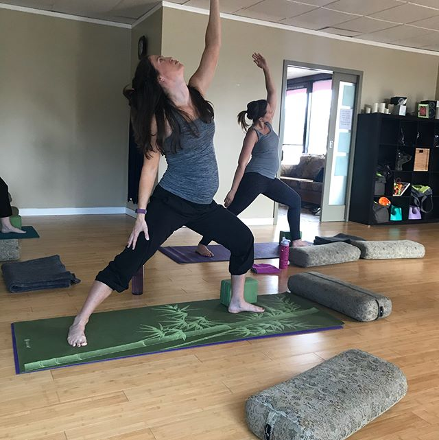 Mommas to be practicing yoga! Love what I do!! #prenatalyoga #prenatalcare #yogamom #postnatalyoga #mother #femalebalancing  #breathemovefeelgood #loveteaching #Shermanoaks #studiocity