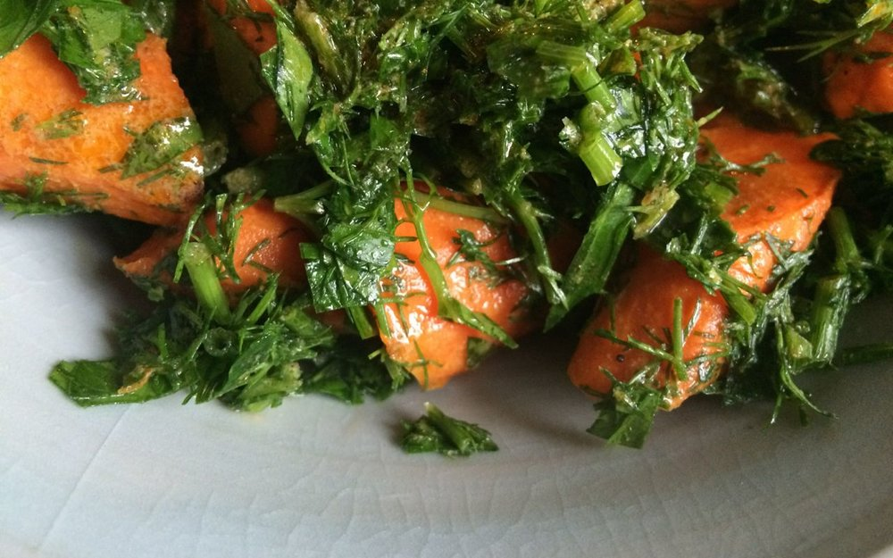 roasted carrot salad with SO MUCH parsley & mint, from a raisin & a porpoise