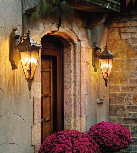kichler_how_to_select_outdoor_lighting_candelabra.jpg