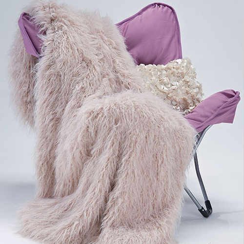 Tibetan-Lamb-Vegan-Fur-Throw-Blanket.png