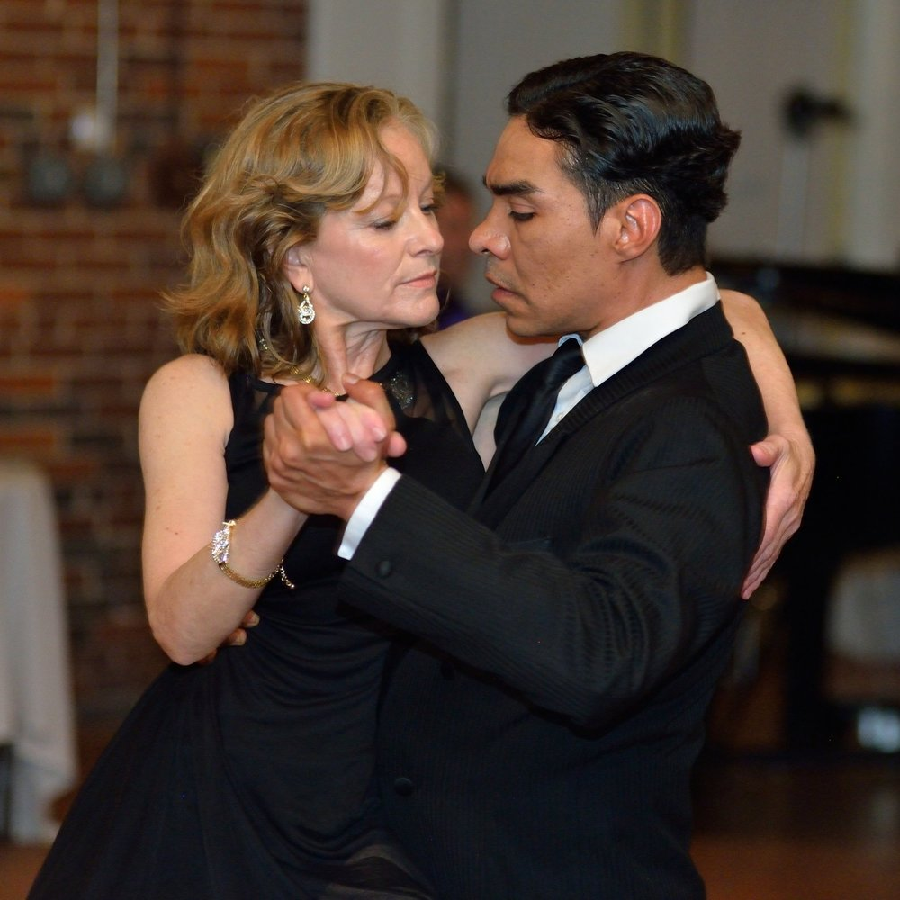 ANN KENT AND HARBY GONZALEZ, DANCE