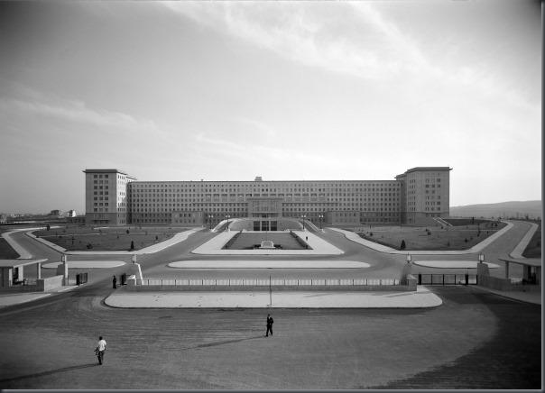 1953 - Inauguração Hospital de St. Maria