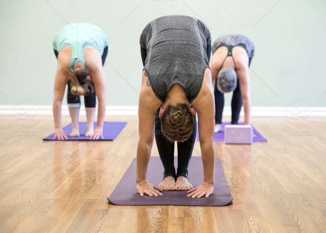 stock-photo-photography-relaxation-mother-yoga-peaceful-happy-fitness-yoga-mat-yoga-pants-952cd8ff-361b-4206-9244-3160a1cae936.jpg