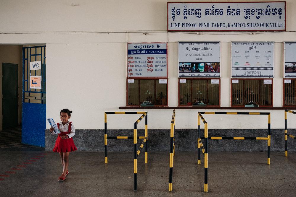 field-trip-discovering-cambodia-radka-horvath-01.jpg