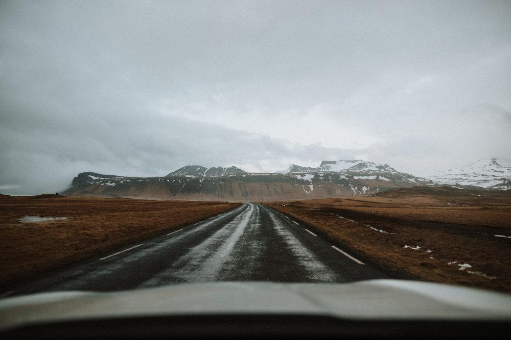 field-trip-experiencing-stillness-iceland-kerlyn-van-gelder-12.jpg