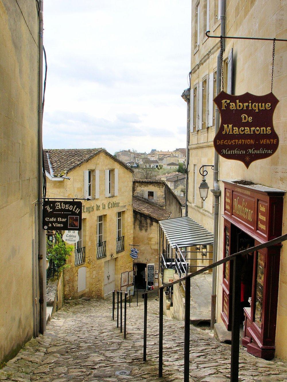 Saint-Emilion - macarons.jpg