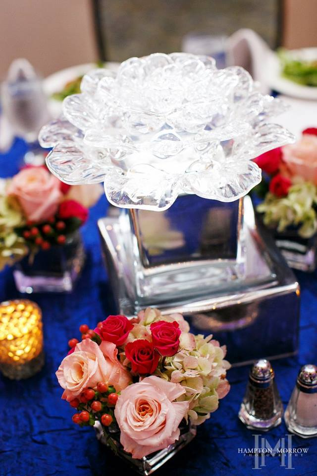 "LUMINOUS CENTERPIECE <a href=""/shop-flowers/"">AVAILABLE</a>"