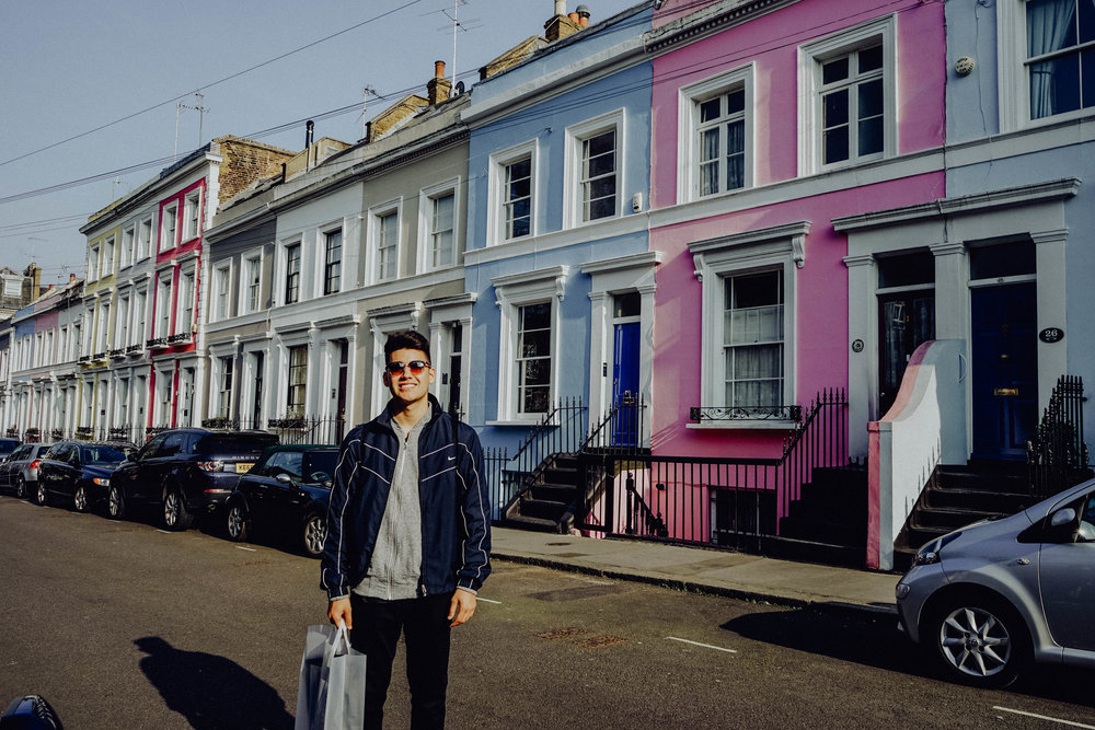Portobello Road Market - This was probably my favorite place to visit because of all the vintage shops, colorful buildings and amazing little food spots. It's a definite must to add to your list.