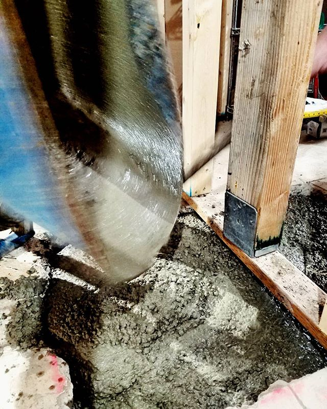 An action shot from last week pouring concrete for a few new structural footings! . . . #concrete #construction #framing #seattleremodeler #seattlebuilder #lovetobuild #lovetoremodel #crescentbuilds #carpentry #builtwithhands