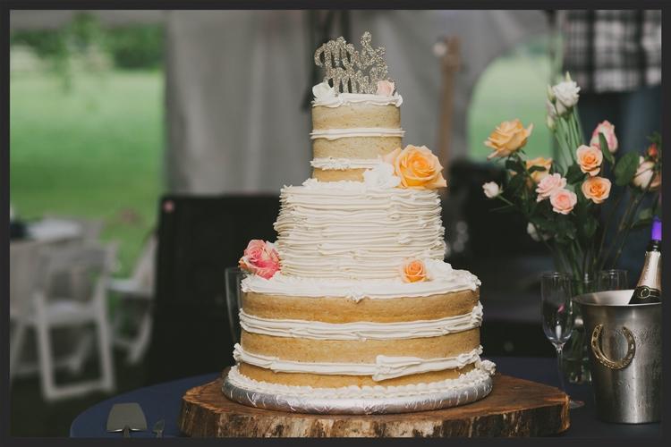 wood cake stand.jpg