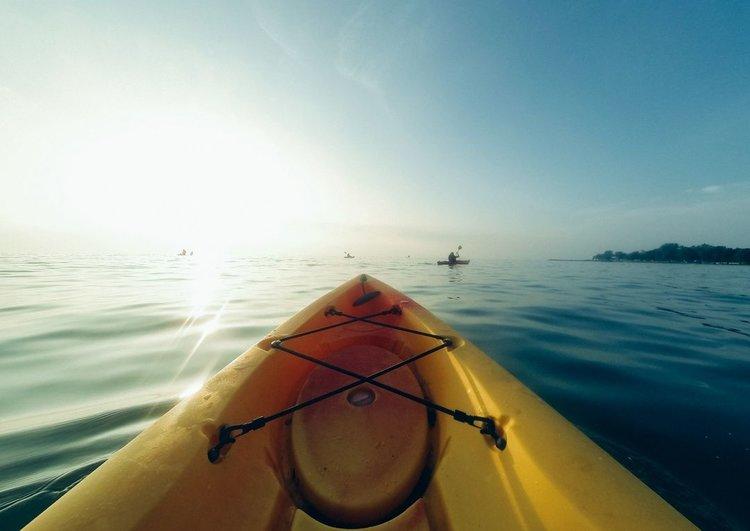独木舟+ + +太阳。jpg