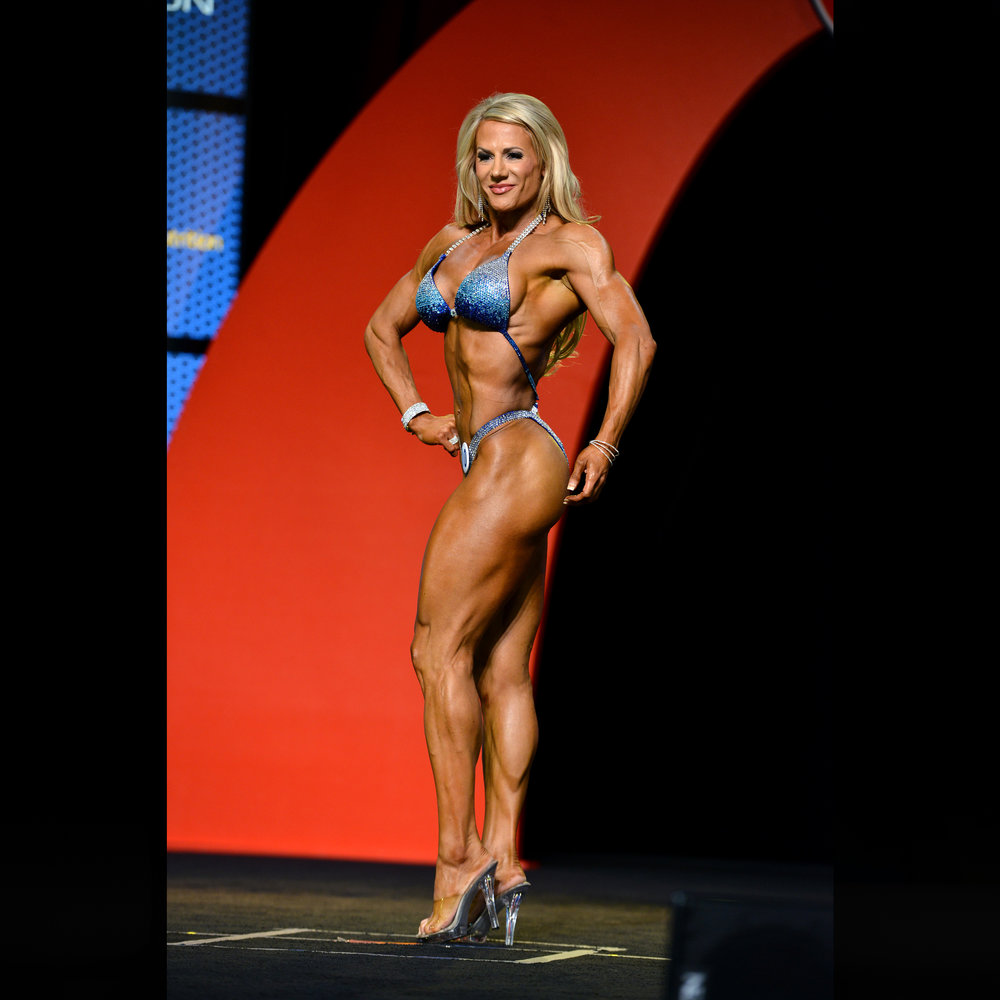 2015 Mr. Olympia -- 9th Place