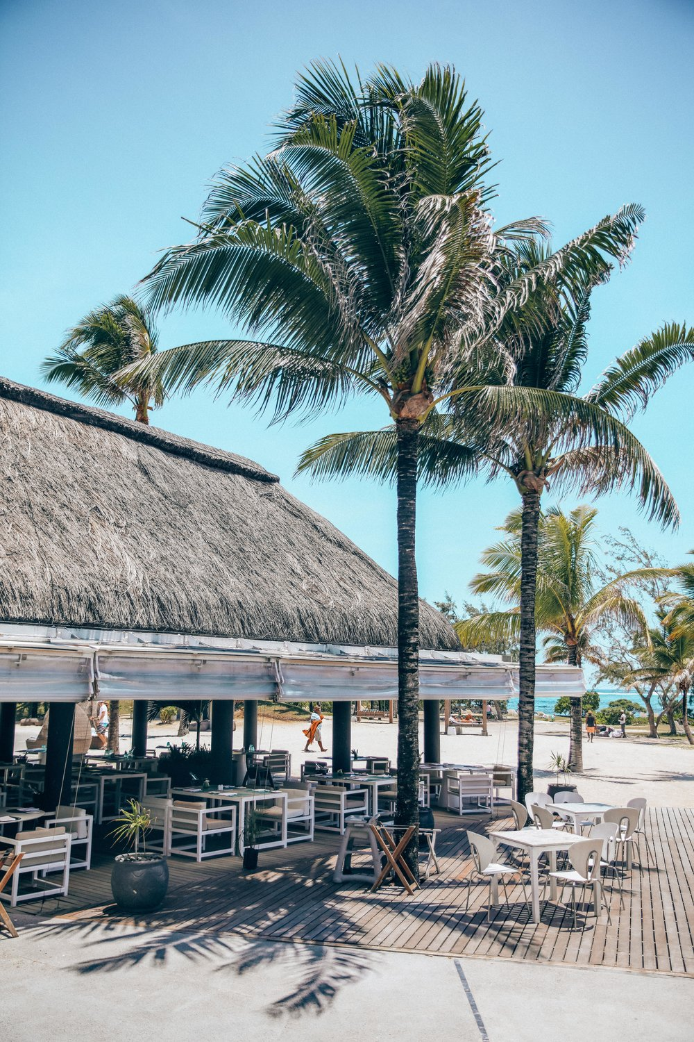 TIDES RESTURANT - BAR AND BEACH FOOD