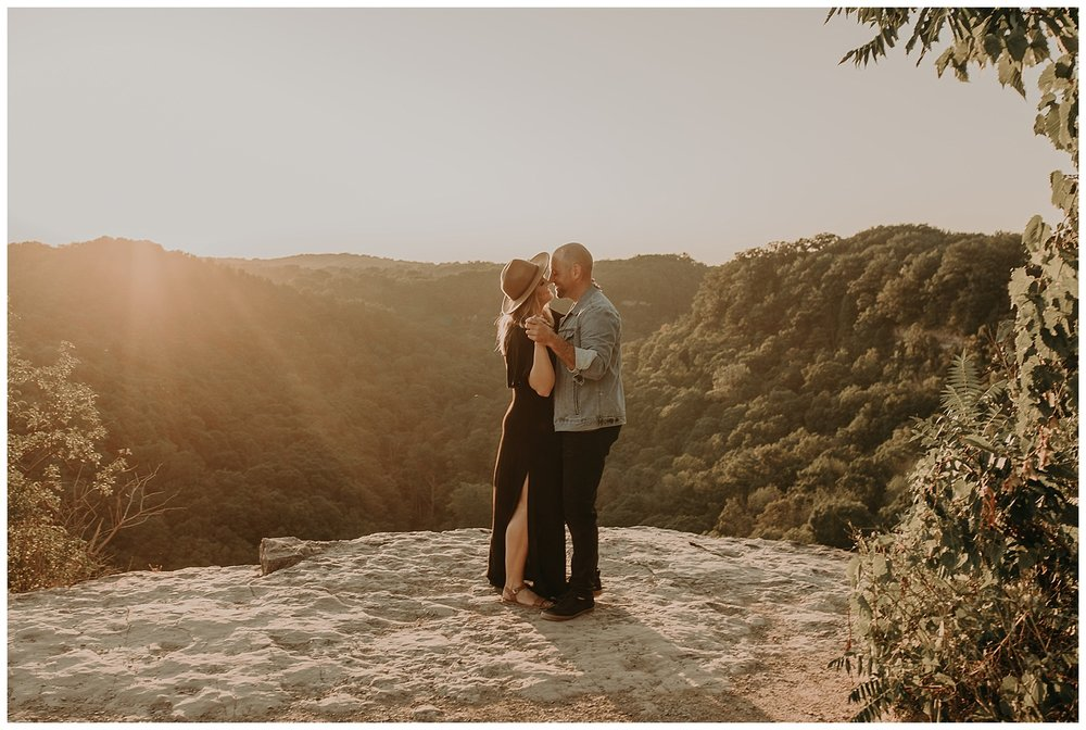 Katie Marie Photography | Hamilton Ontario Wedding Photographer | Hamilton Engagement Session | HamOnt | Dundas Peak Proposal_0025.jpg