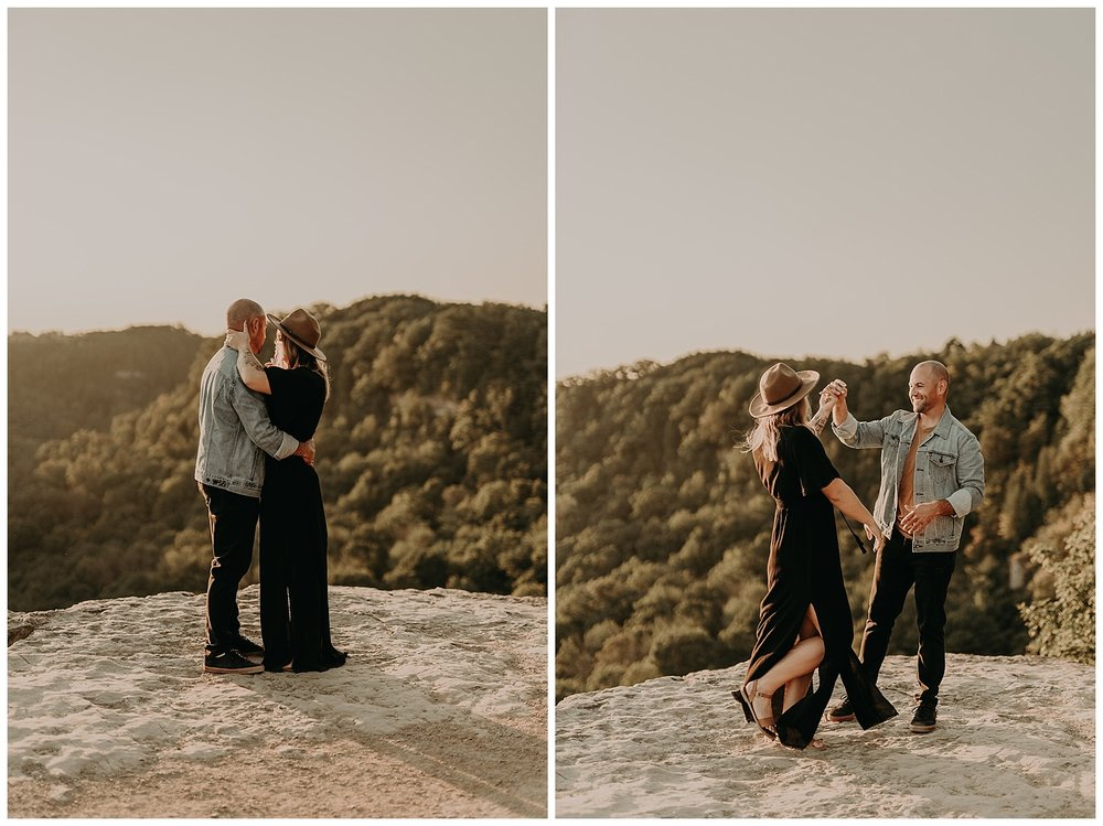 Katie Marie Photography | Hamilton Ontario Wedding Photographer | Hamilton Engagement Session | HamOnt | Dundas Peak Proposal_0031.jpg