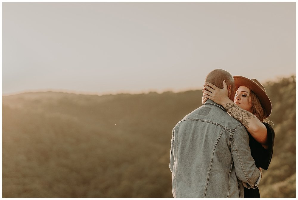 Katie Marie Photography | Hamilton Ontario Wedding Photographer | Hamilton Engagement Session | HamOnt | Dundas Peak Proposal_0034.jpg