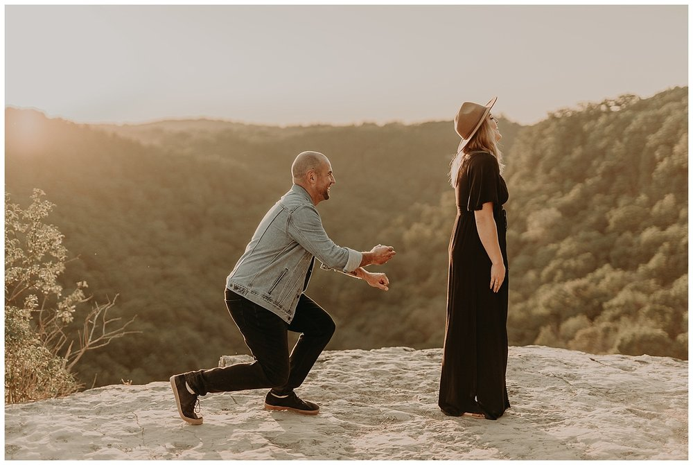 Katie Marie Photography | Hamilton Ontario Wedding Photographer | Hamilton Engagement Session | HamOnt | Dundas Peak Proposal_0036.jpg