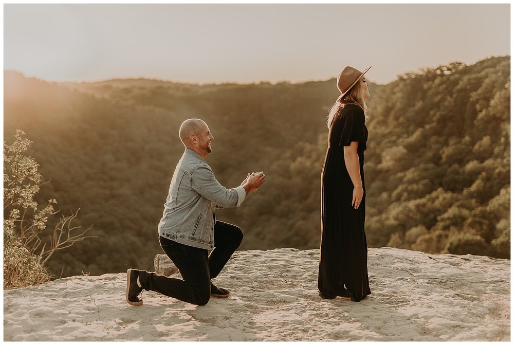 Katie Marie Photography | Hamilton Ontario Wedding Photographer | Hamilton Engagement Session | HamOnt | Dundas Peak Proposal_0037.jpg