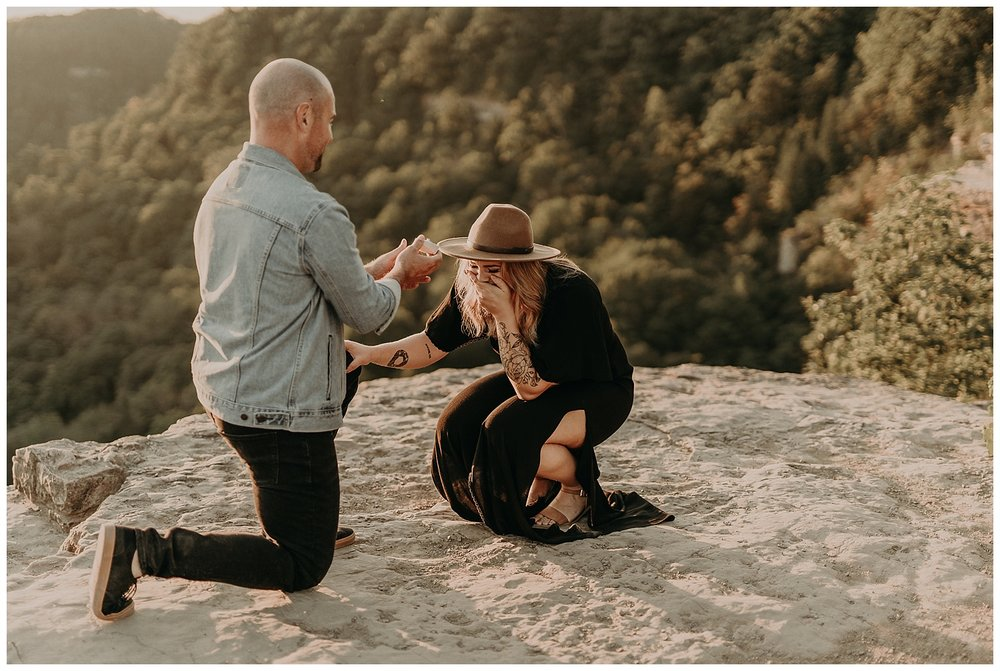 Katie Marie Photography | Hamilton Ontario Wedding Photographer | Hamilton Engagement Session | HamOnt | Dundas Peak Proposal_0046.jpg
