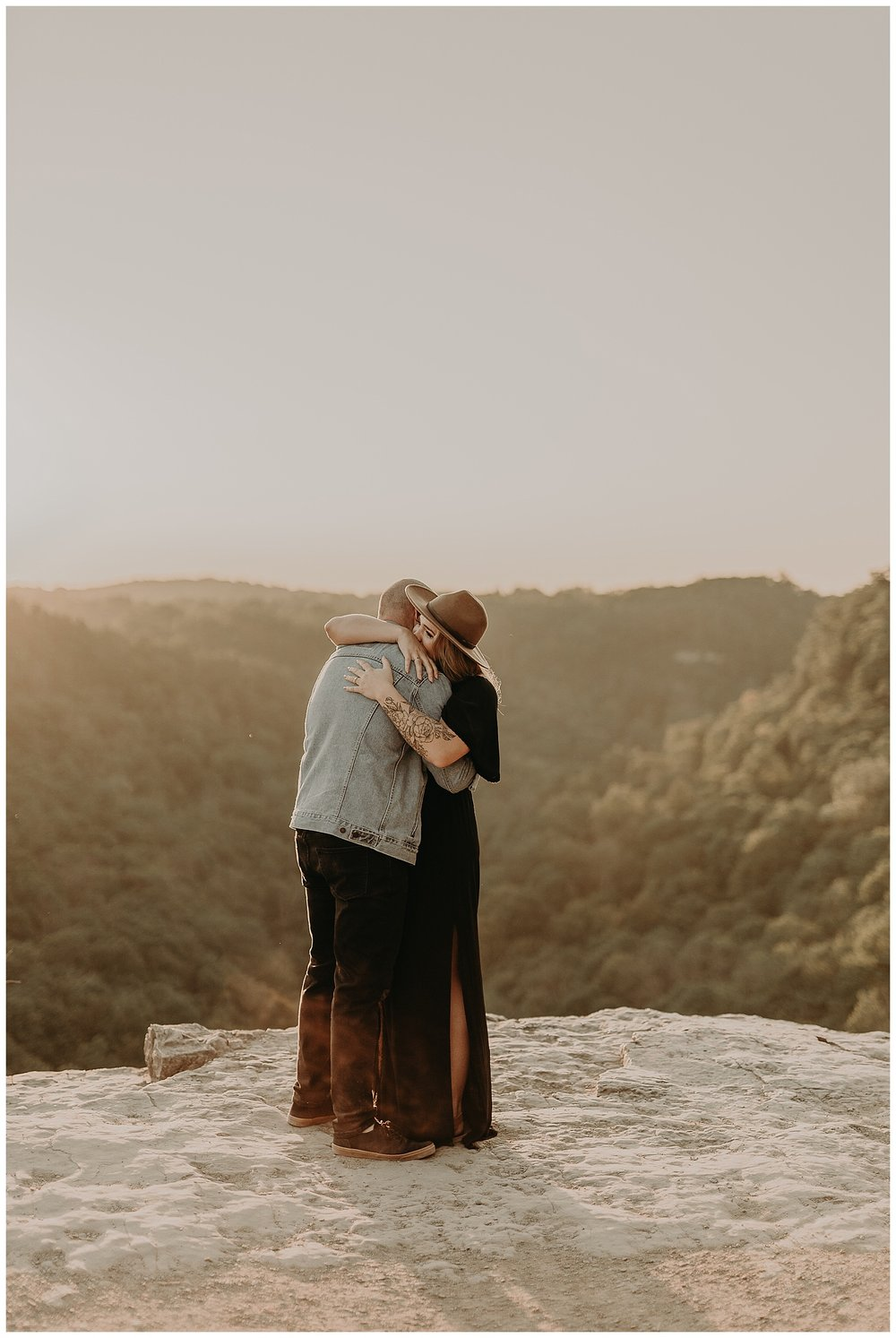 Katie Marie Photography | Hamilton Ontario Wedding Photographer | Hamilton Engagement Session | HamOnt | Dundas Peak Proposal_0057.jpg