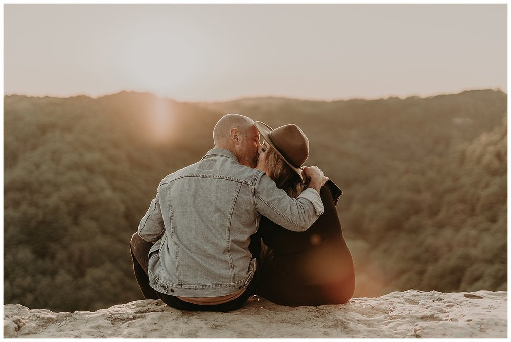 Katie Marie Photography | Hamilton Ontario Wedding Photographer | Hamilton Engagement Session | HamOnt | Dundas Peak Proposal_0076.jpg