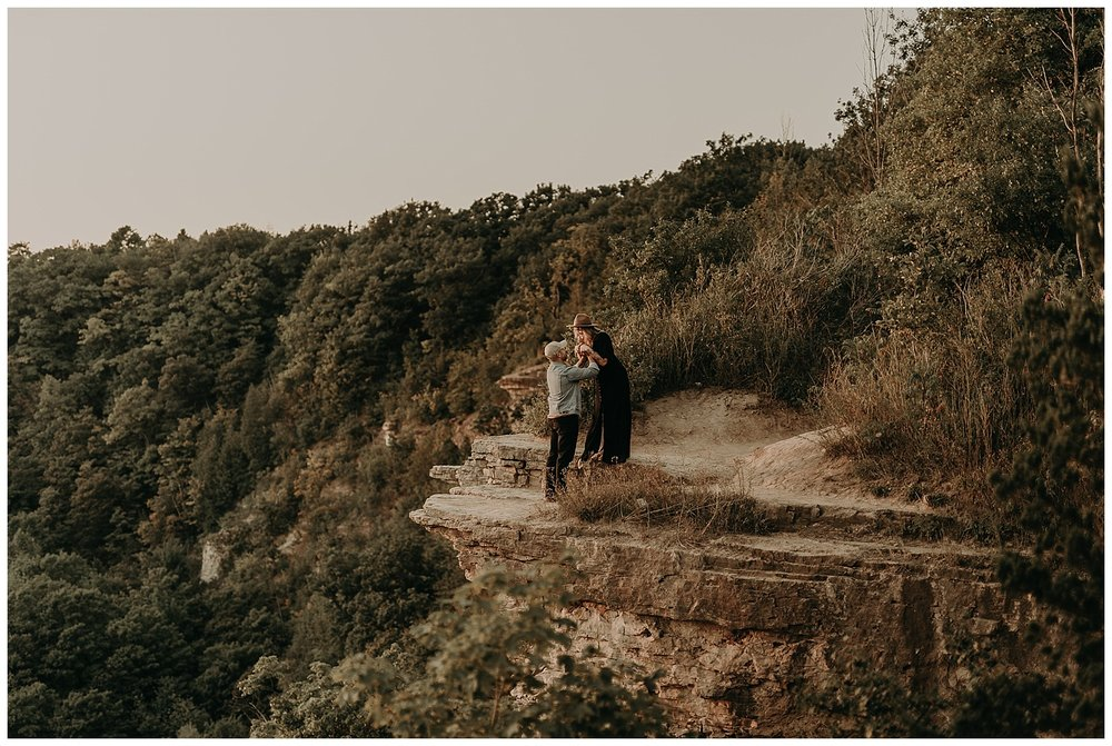 Katie Marie Photography | Hamilton Ontario Wedding Photographer | Hamilton Engagement Session | HamOnt | Dundas Peak Proposal_0089.jpg