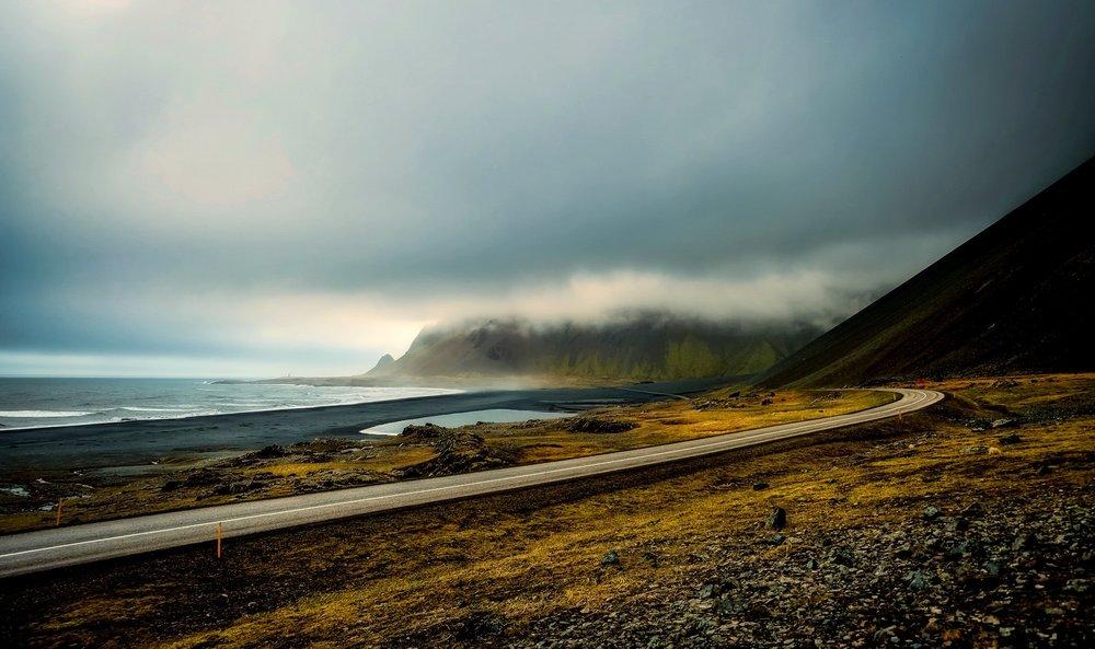 Iceland open road2.jpg