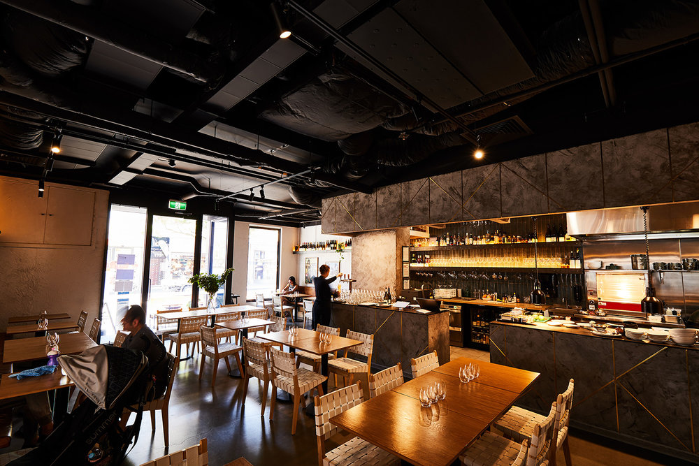 Messer is a modern interpretation of the Berlin Diner - Driven by Executive Chef Ashley Davis, it's place where some German classics including wood-fired Flatbreads, Wurst and Spätzle feature amongst modern, progressive dishes like smoked trout sandwich and Rotisserie Pork chop.Messer is the second restaurant from the team behind Copper Pot Seddon.Check out the menuBook a table