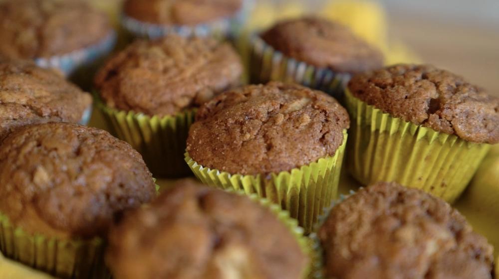 cinnamon_swirl_muffins