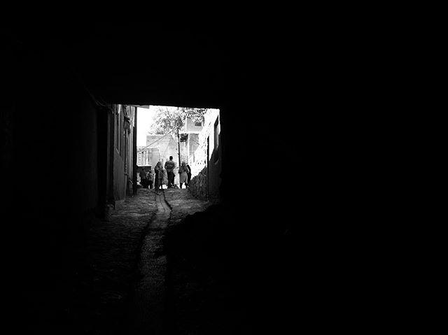 #abyaneh #iran #brandidentitydesign #branding #logodesign #logo #graphicdesign #visualart #designer #graphicdesigner #visualartist #typography #typo #typographic #photography #visualidentity #visualidentityproduction #minimal #minimalistic #bw #bwphotography #photography #digitalphotography #minimal #minimalism #art #belgium #kineticart #typeface #museum