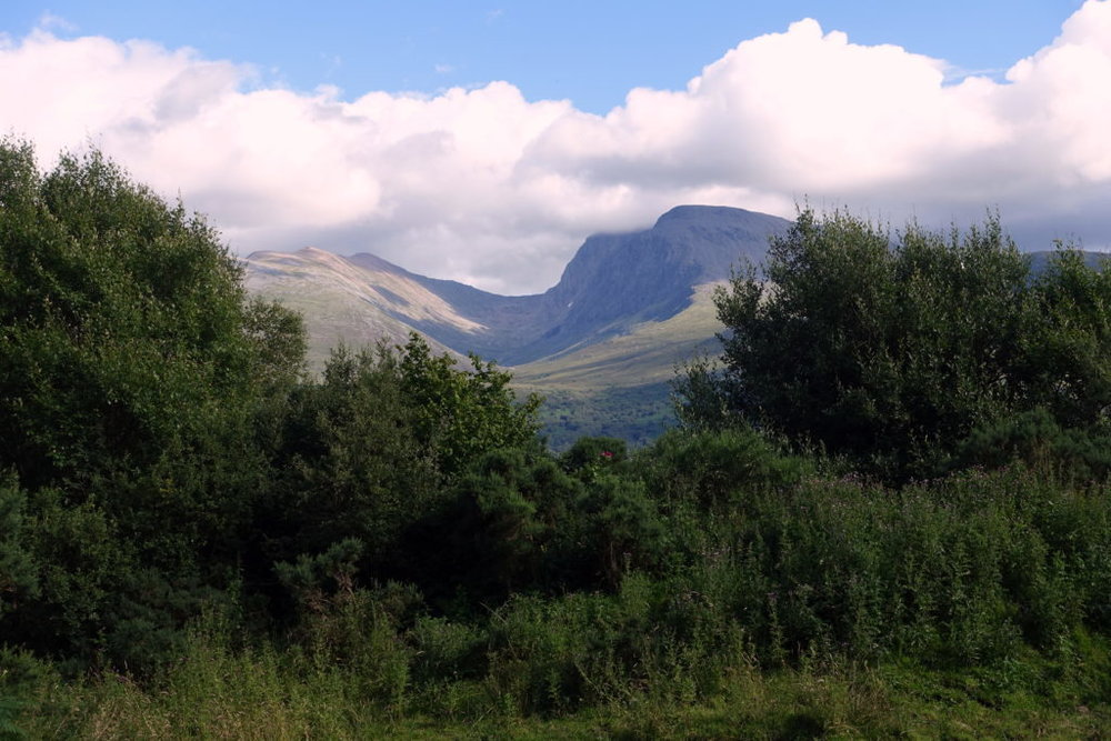 Hiking solo along the Great Glen Way in Scotland. Awomanafoot.com