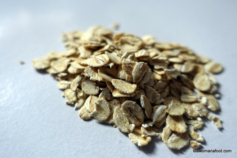 The best oatmeal to give you energy and strength to conquer the world! awomanafoot.com